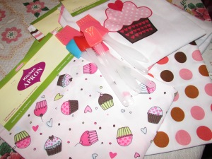 Aprons & Spatula's for the little ones.