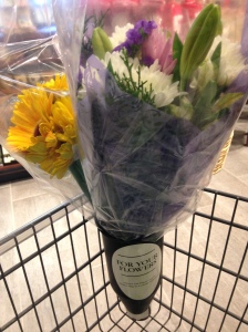 I was so amazed with the carts at this new store. They have a special place to hold flowers!