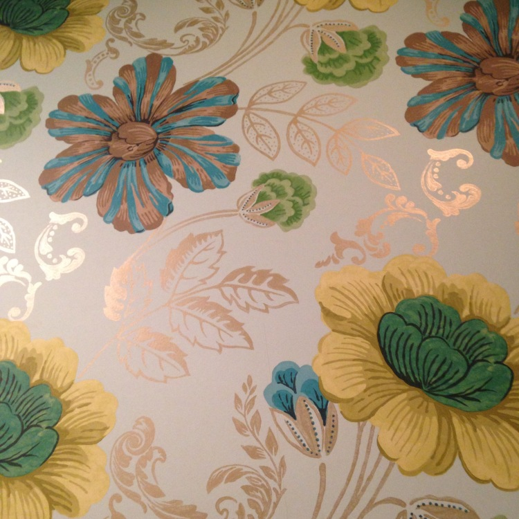 Wallpaper in the bathroom that I really liked.
