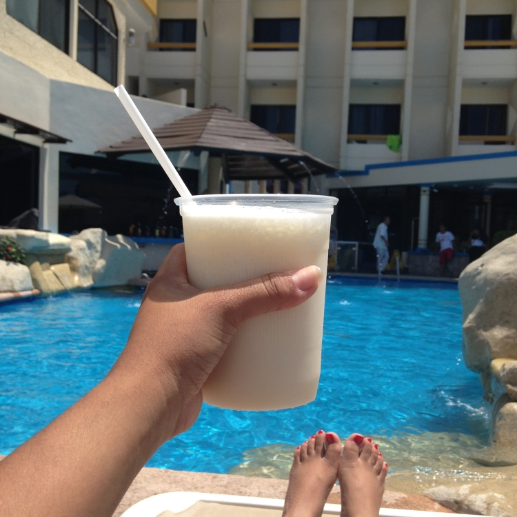 Pina Coladas by the pool.